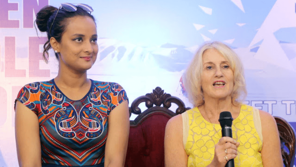 Polar Maidens - At a press conference in India